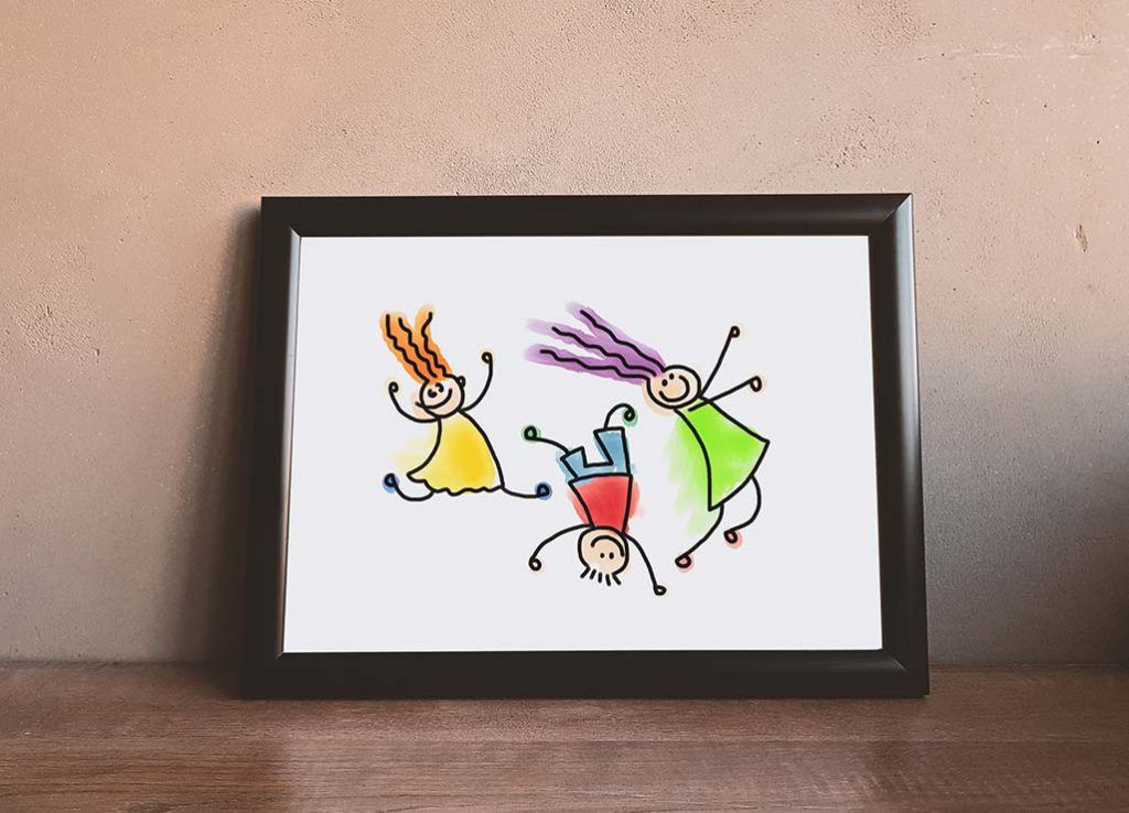 Moldura com desenho de criança