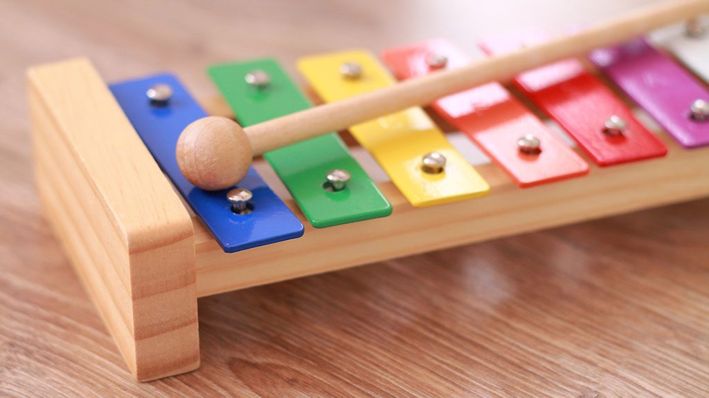 Organizar os brinquedos das crianças