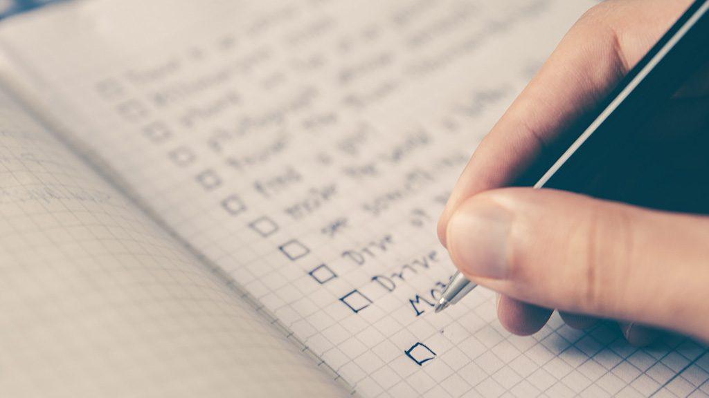 Fazer listas num caderno