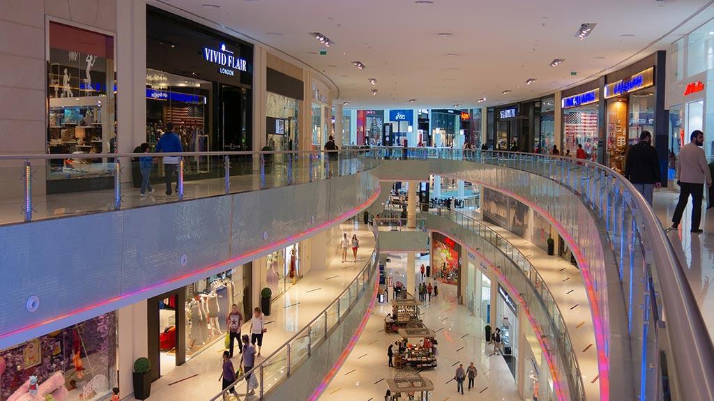 Shopping e lojas